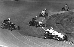 autos racing in the 1940s
